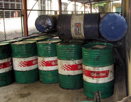 Thu hồi, xử lý dầu nhớt thải: Cả người dân và doanh nghiệp đều phải có trách nhiệm